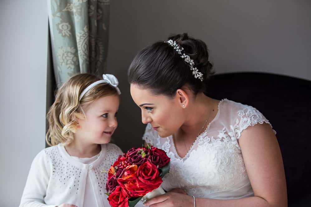4 bride with flower girl