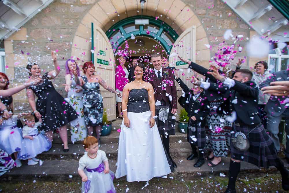 20 confetti shot bride and grrom