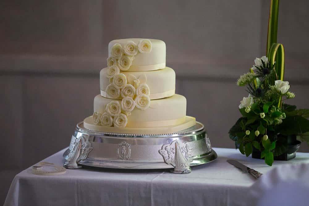 Fernie Castle wedding ivory yellow elegant wedding cake