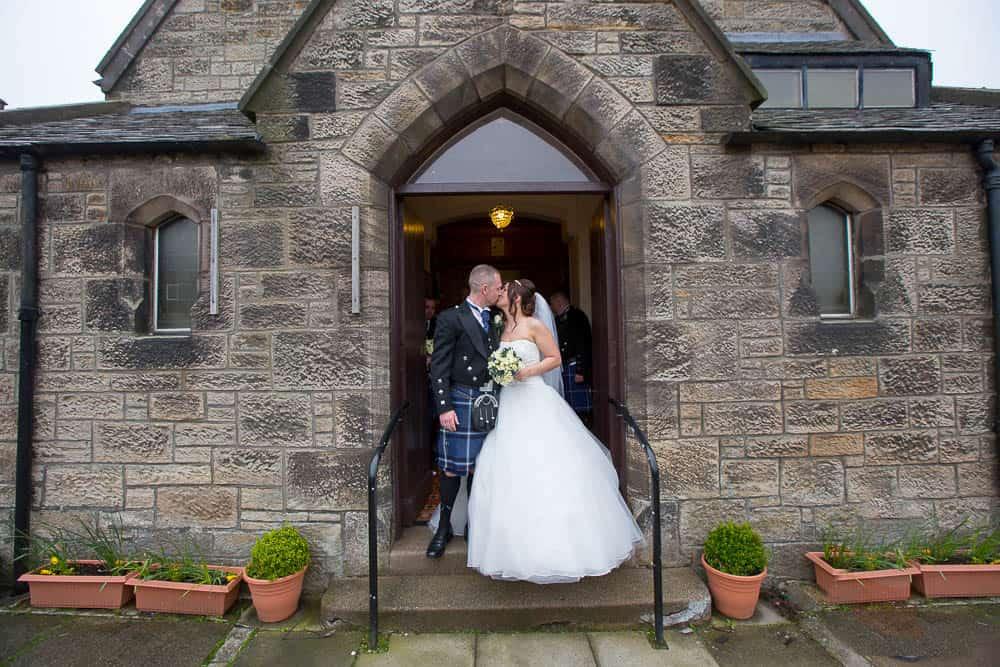 21 newlywed at Armadale parish church